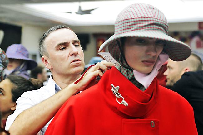 NTK Kevin Carrigan sẽ thay thế NTK Raf Simons tại Calvin Klein? 10