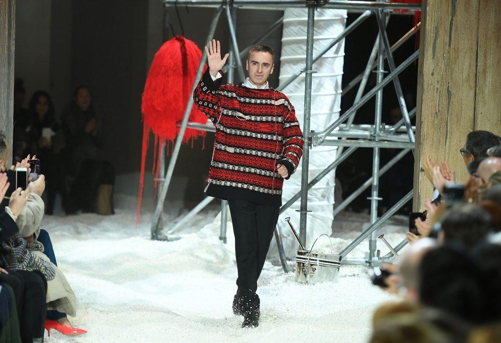 NTK Kevin Carrigan sẽ thay thế NTK Raf Simons tại Calvin Klein? 4