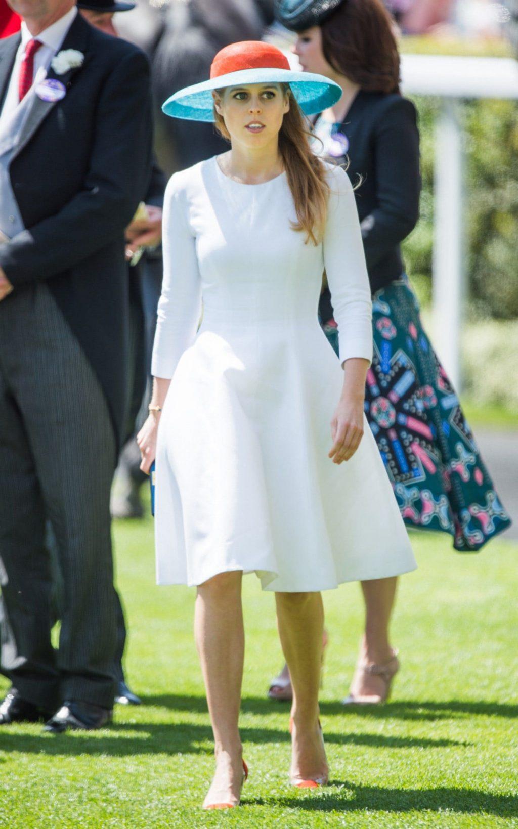 elle việt nam phong cách thời trang hoàng gia 10