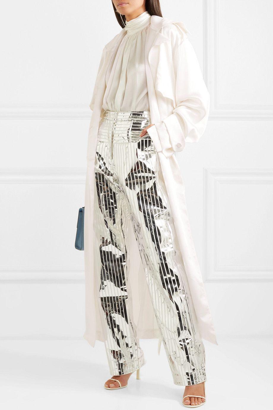 Trang phục màu trắng 9