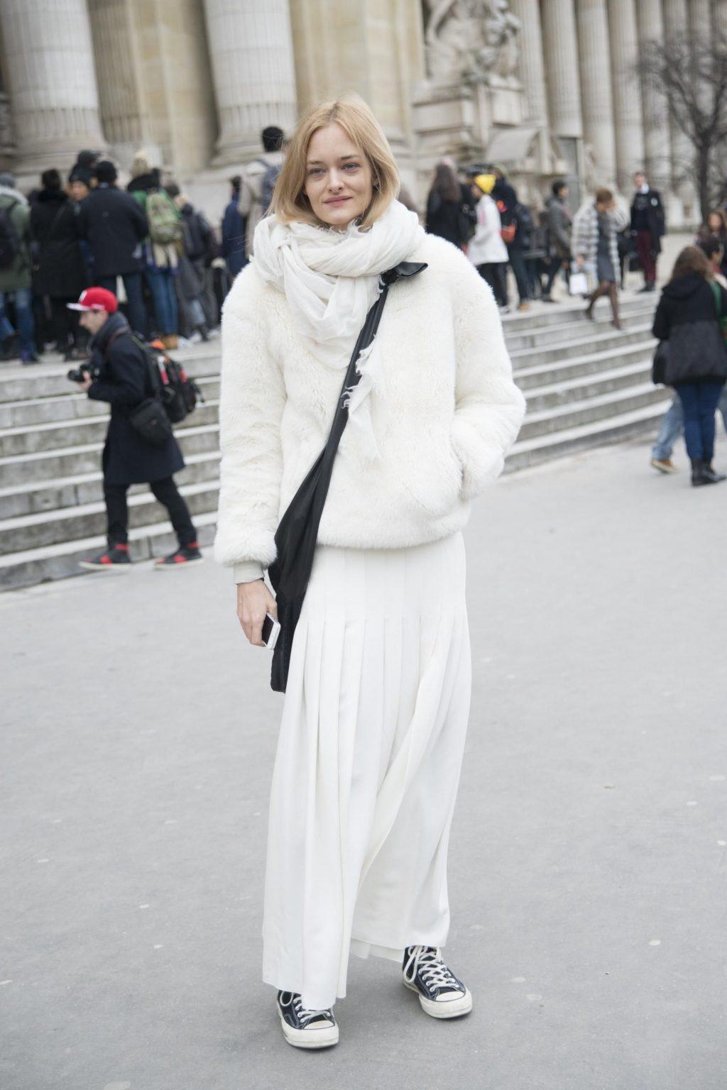 Trang phục màu trắng 3