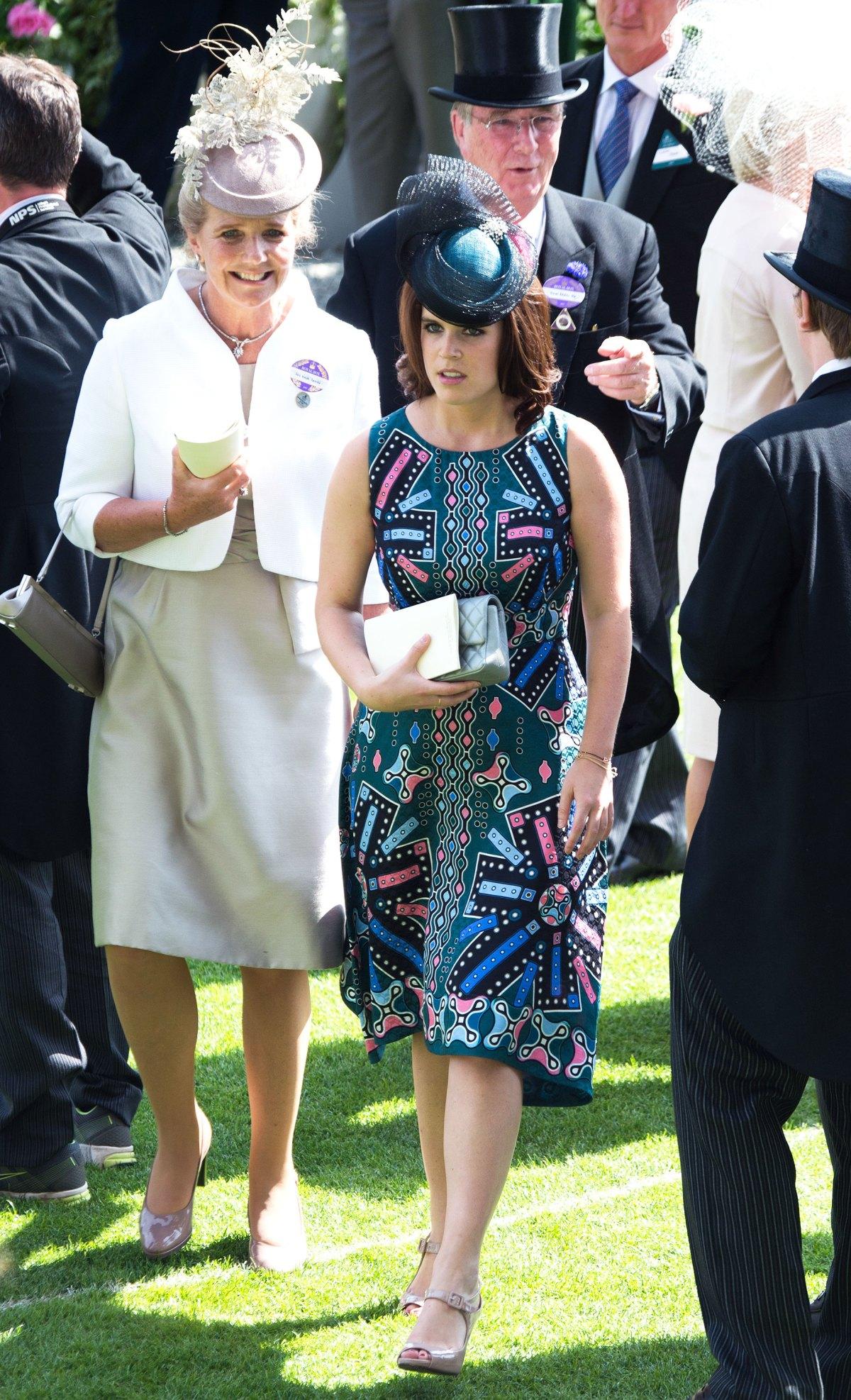 elle việt nam phong cách thời trang hoàng gia 11