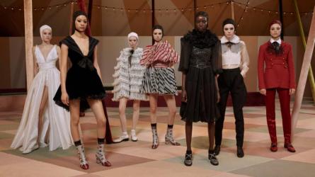 Haute Couture và thời trang nhanh: Cuộc đối đầu không hồi kết