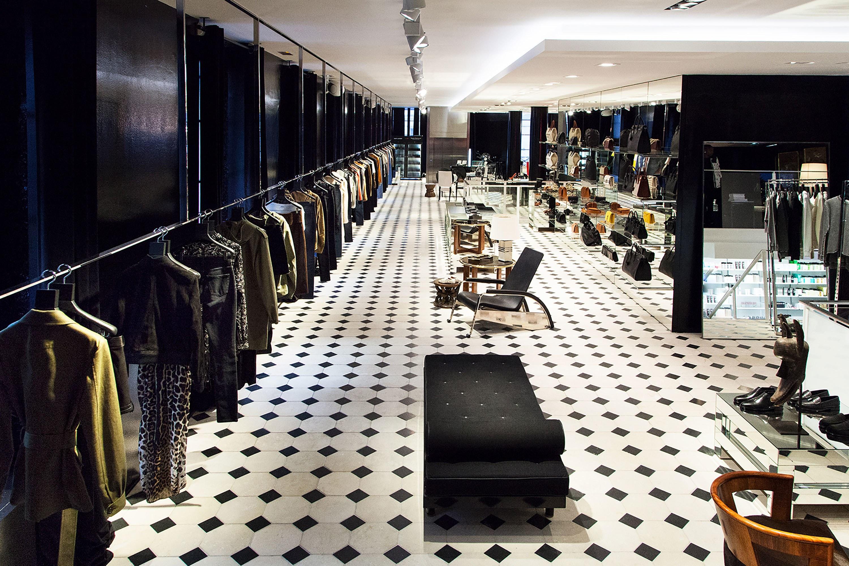 phân biệt cửa hàng flagship, concept, pop-up của các thương hiệu thời trang 18