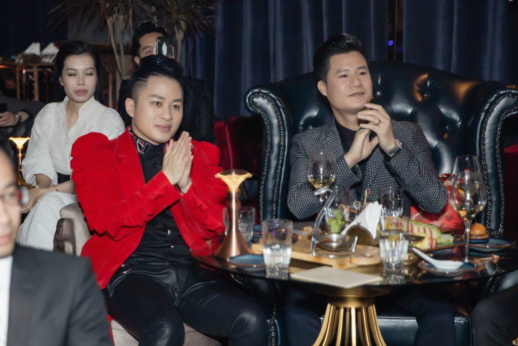 nghệ sĩ Violin Hoàng Rob thăng hoa cùng divo Tùng Dương 3