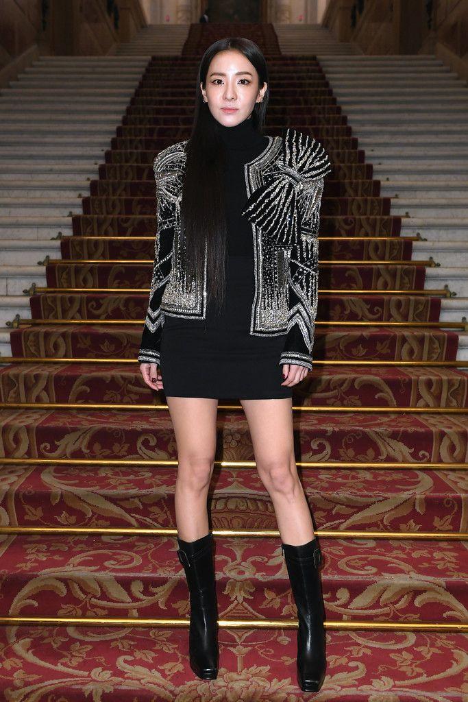 sao Kpop tham dự Tuần lễ Thời trang quốc tế 12