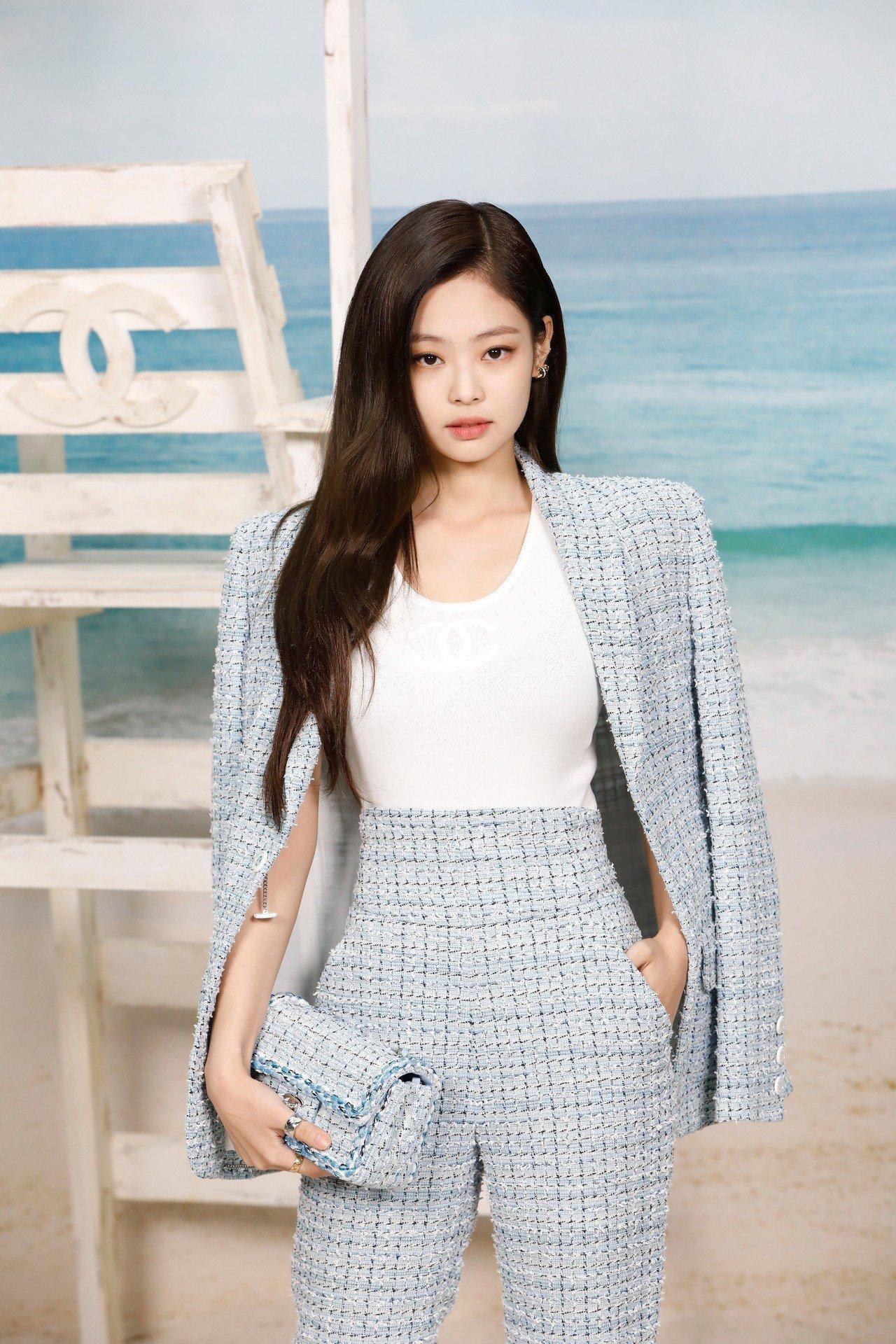 sao Kpop tham dự Tuần lễ Thời trang quốc tế 2