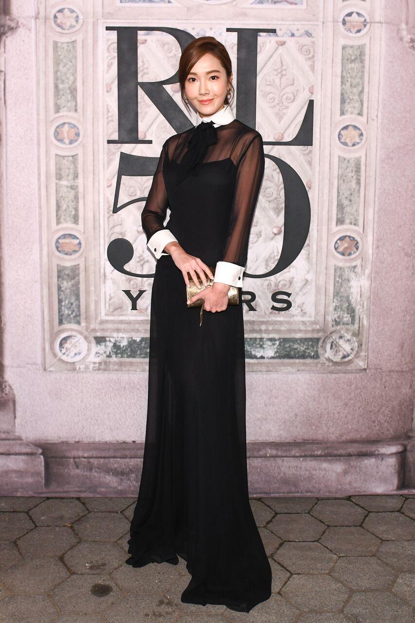 sao Kpop tham dự Tuần lễ Thời trang quốc tế 8