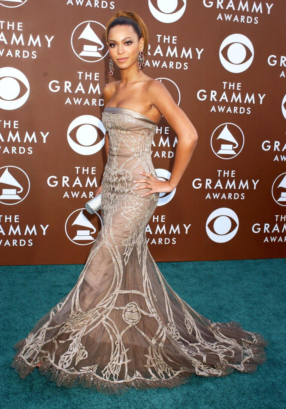 Thời trang thảm đỏ Grammy Beyoncé