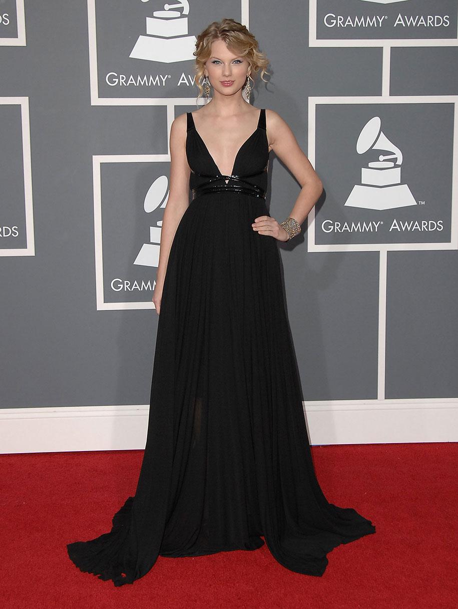 Thời trang thảm đỏ Grammy taylor