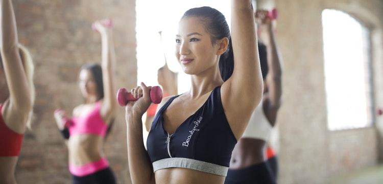 Bài tập thể dục xoay vòng