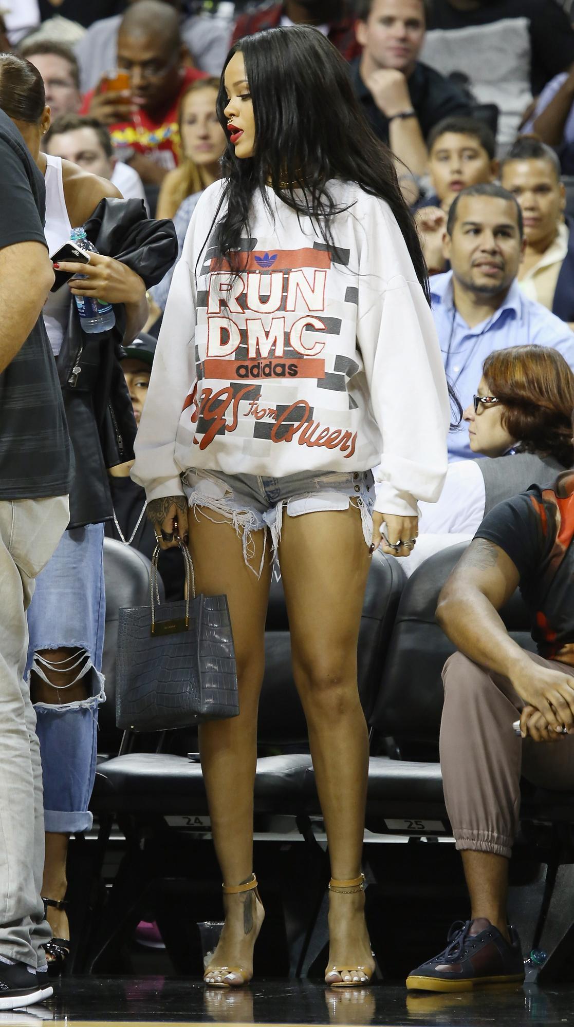 elle việt nam phong cách thời trang xem bóng rổ 5