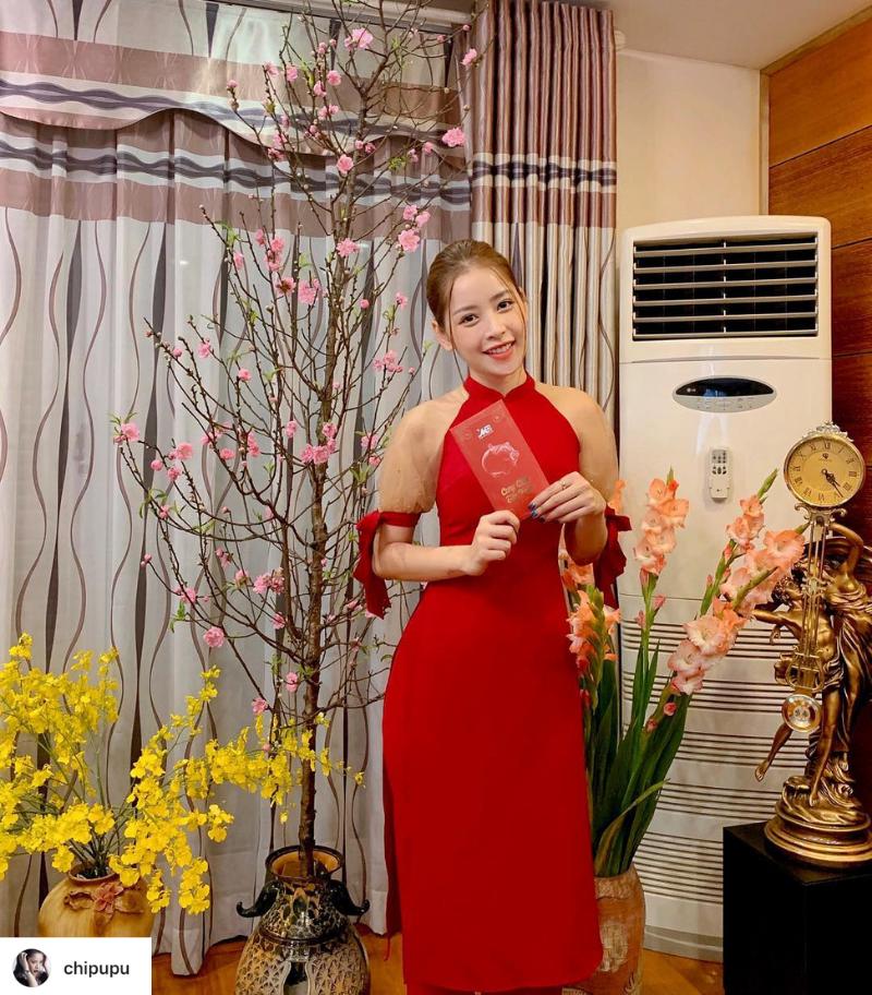 Thời trang Tết 2019 Chi Pu