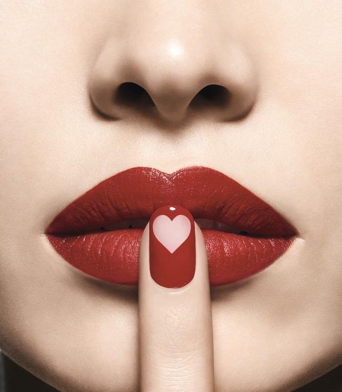 01 thỏi son môi