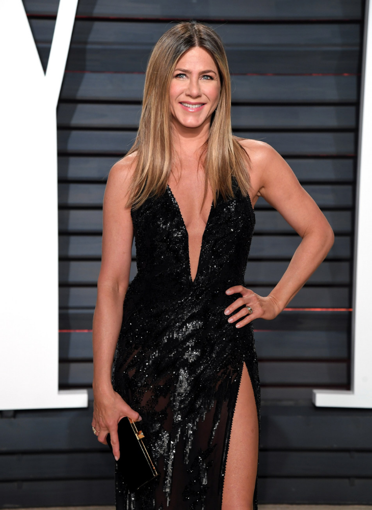 03 bí quyết giúp Jennifer Aniston vẫn quyến rũ chết người dù đã bước sang tuổi 50
