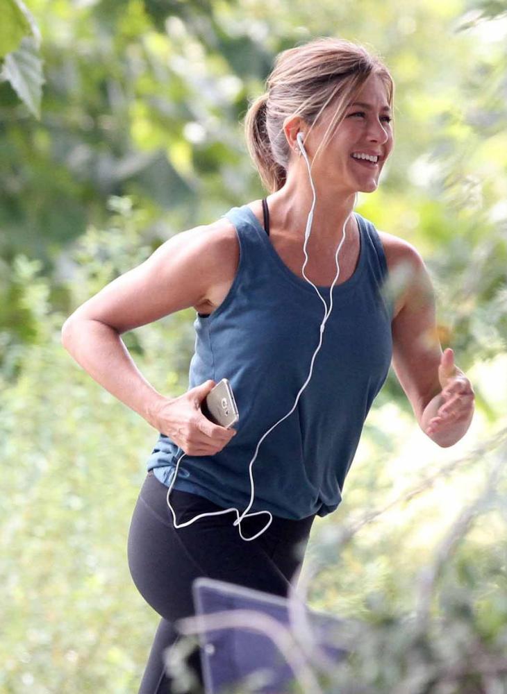07 bí quyết giúp Jennifer Aniston vẫn quyến rũ chết người dù đã bước sang tuổi 50