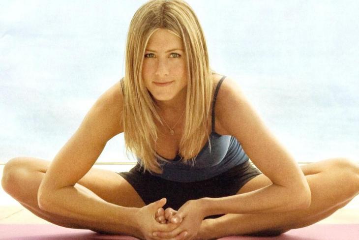 10 bí quyết giúp Jennifer Aniston vẫn quyến rũ chết người dù đã bước sang tuổi 50