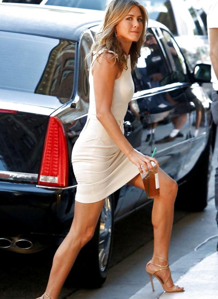 11 bí quyết giúp Jennifer Aniston vẫn quyến rũ chết người dù đã bước sang tuổi 50