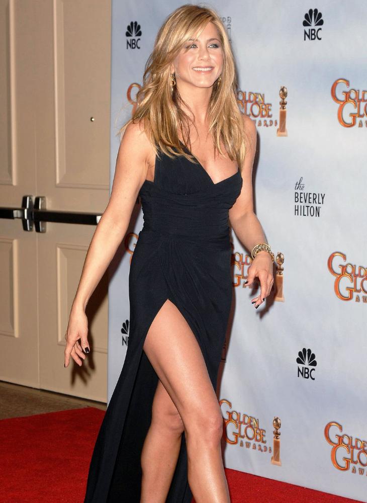 12 bí quyết giúp Jennifer Aniston vẫn quyến rũ chết người dù đã bước sang tuổi 50