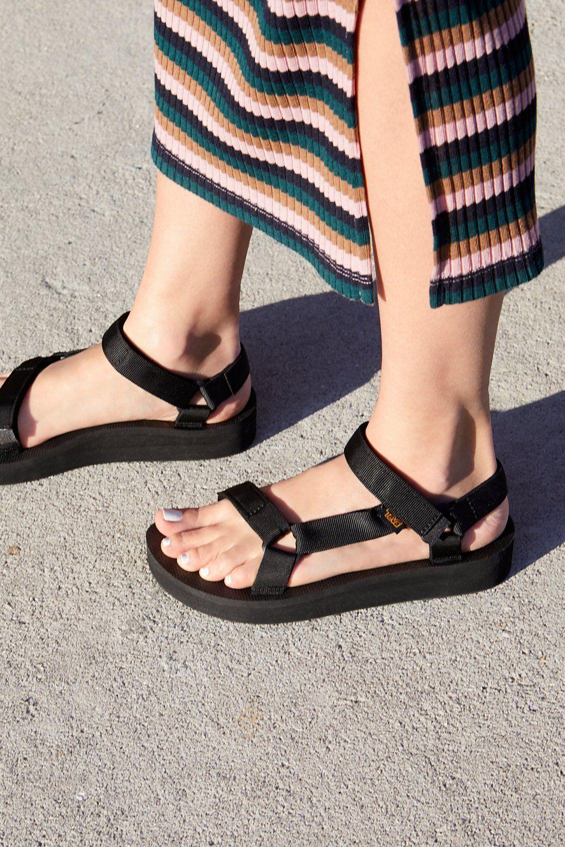 Giày sandals teva