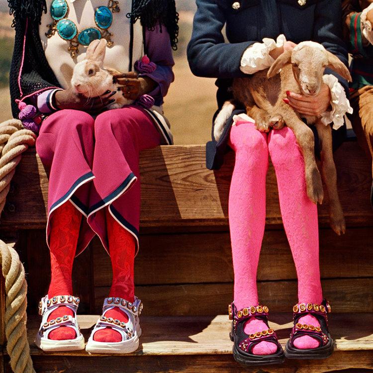 Giày sandals giày đính hạt 1