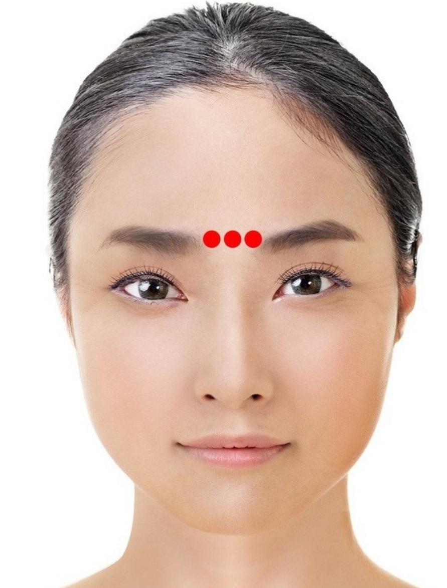 massage mắt 06
