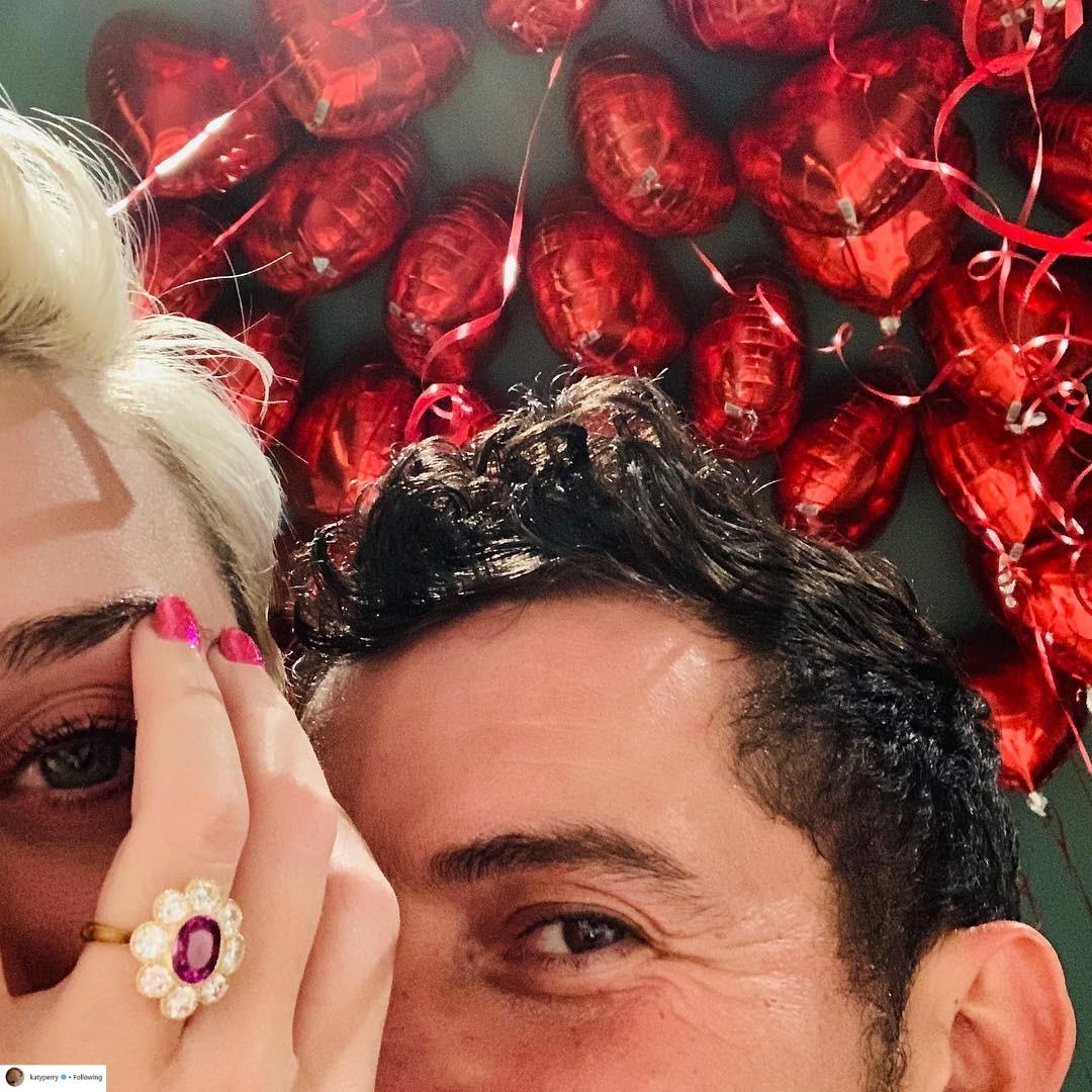 nhẫn đính hôn của nữ ca sĩ Katy Perry 3