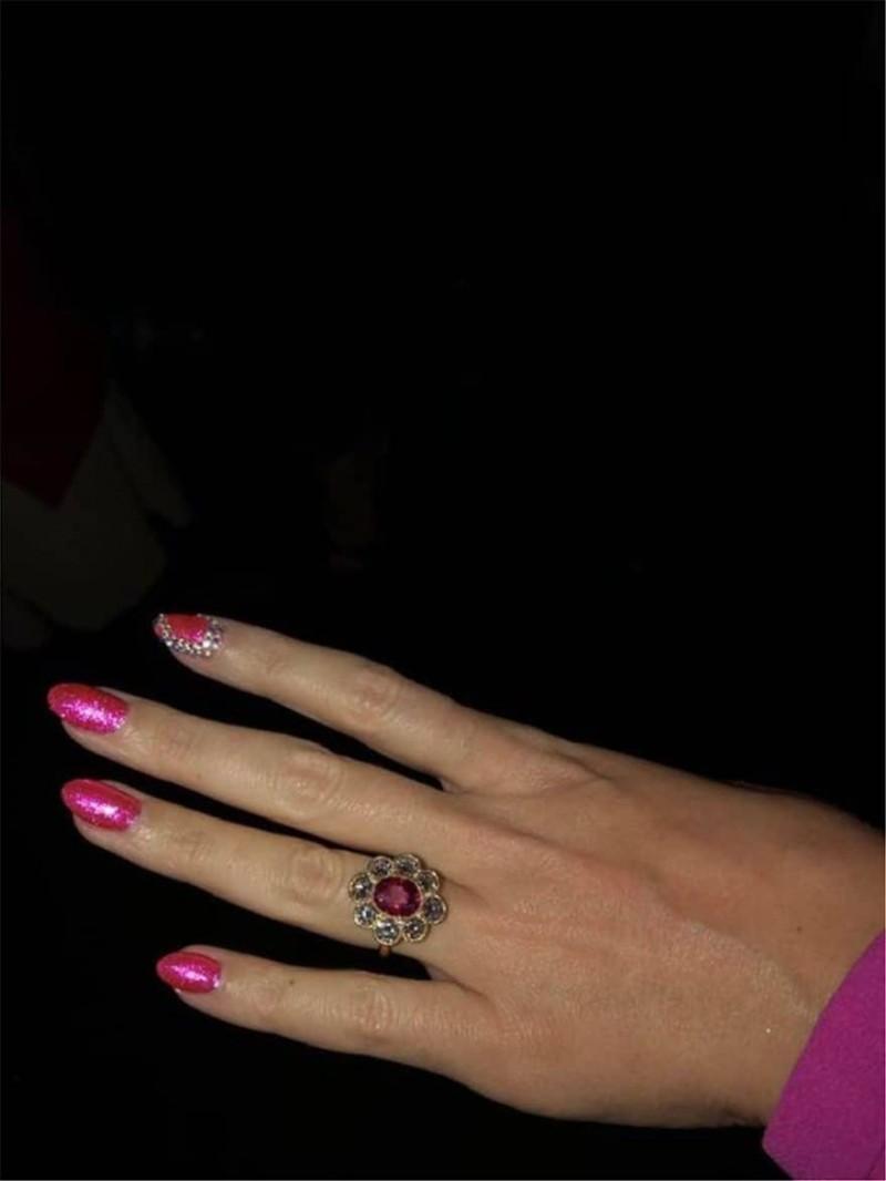 nhẫn đính hôn của nữ ca sĩ Katy Perry 8