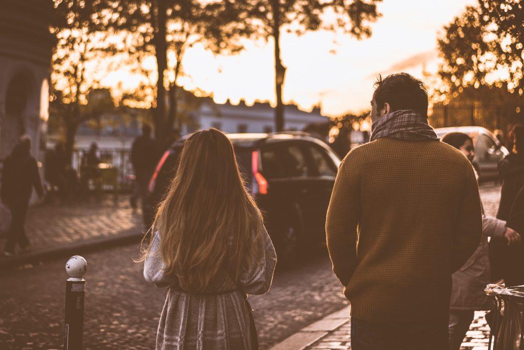 Những dấu hiệu chứng tỏ anh chưa quên tình cũ
