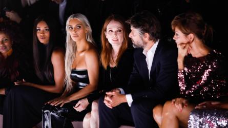 Ai là khách mời trên hàng ghế đầu tuần lễ thời trang trong suốt một thập kỷ qua?