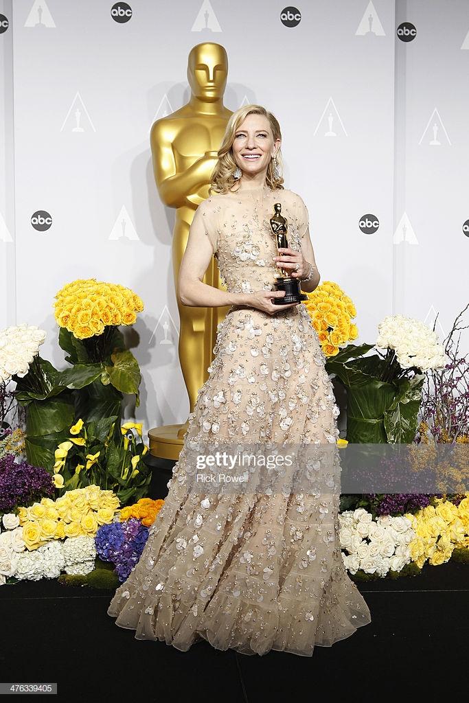 Thảm đỏ Oscar 12