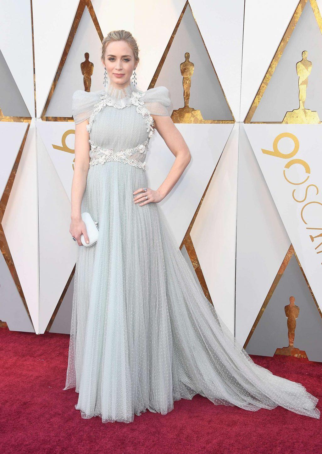 Bí mật đằng sau những bộ cánh lộng lẫy trên thảm đỏ Oscar 12