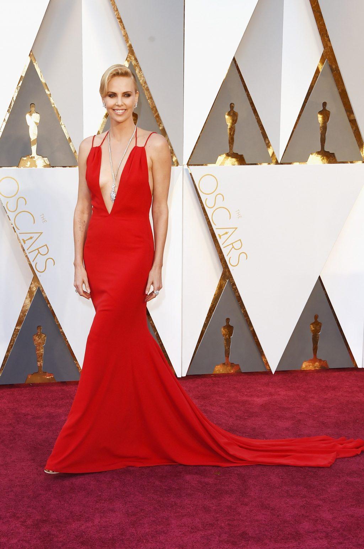 Bí mật đằng sau những bộ cánh lộng lẫy trên thảm đỏ Oscar 4
