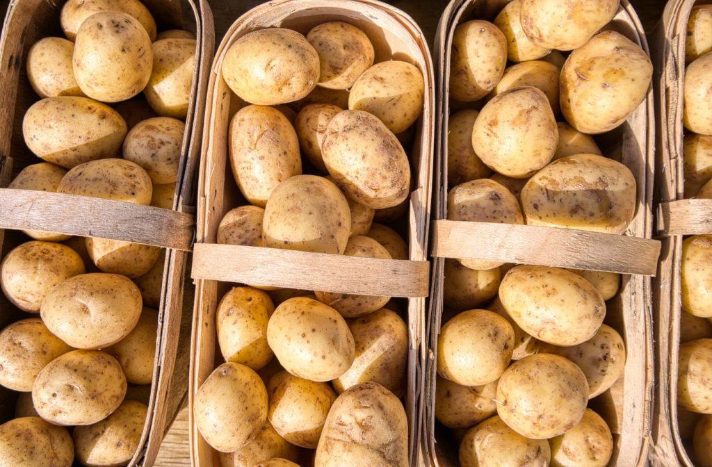 công thức tắm trắng bằng khoai tây