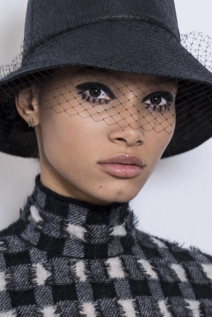 phong cách trang điểm Dior 06