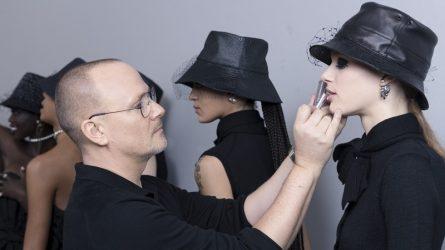 Thông điệp nữ quyền lan tỏa trong phong cách trang điểm BST Dior Womenswear Thu Đông 2019 - 2020