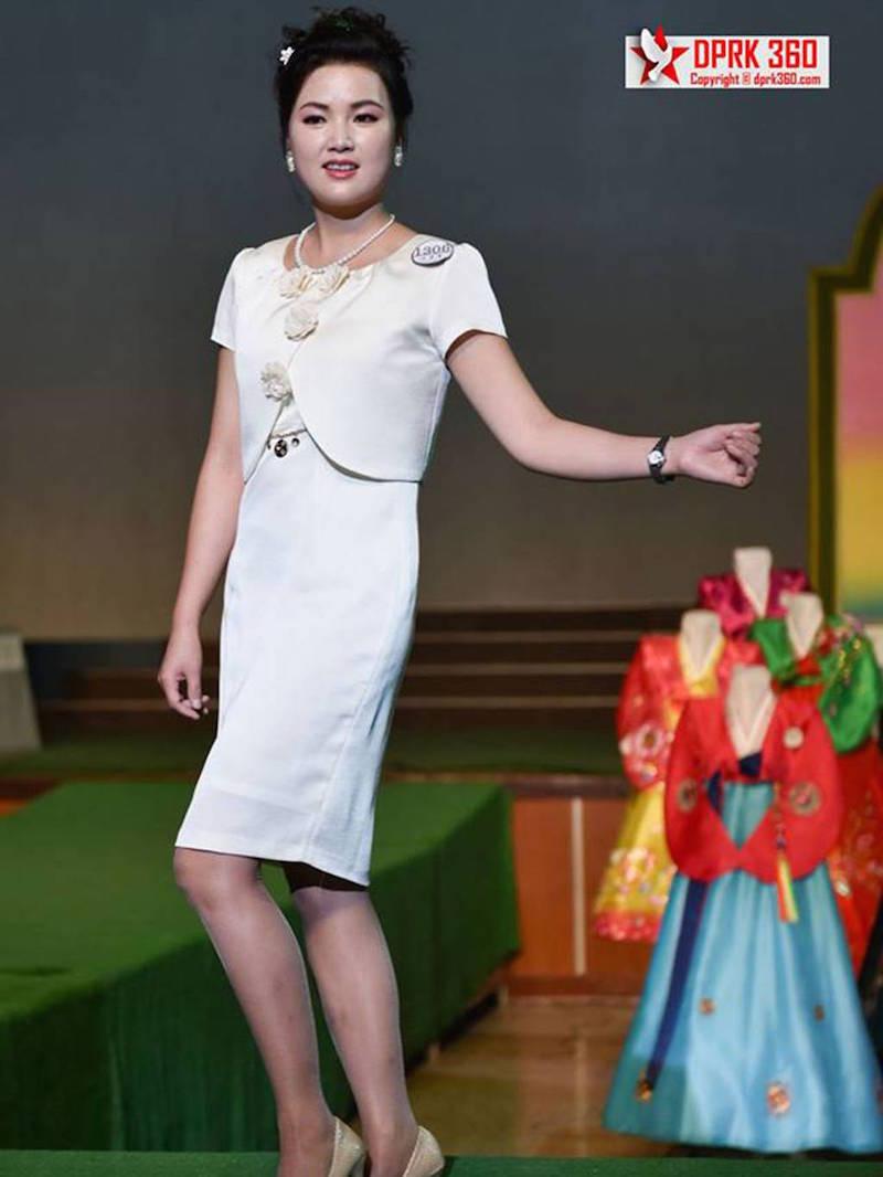 buổi trình diễn thời trang của phụ nữ Triều Tiên 8