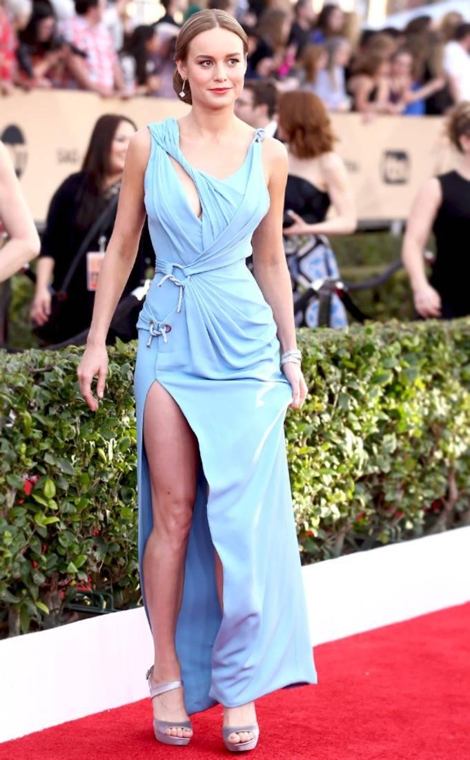 phong cách thời trang Bri Larson