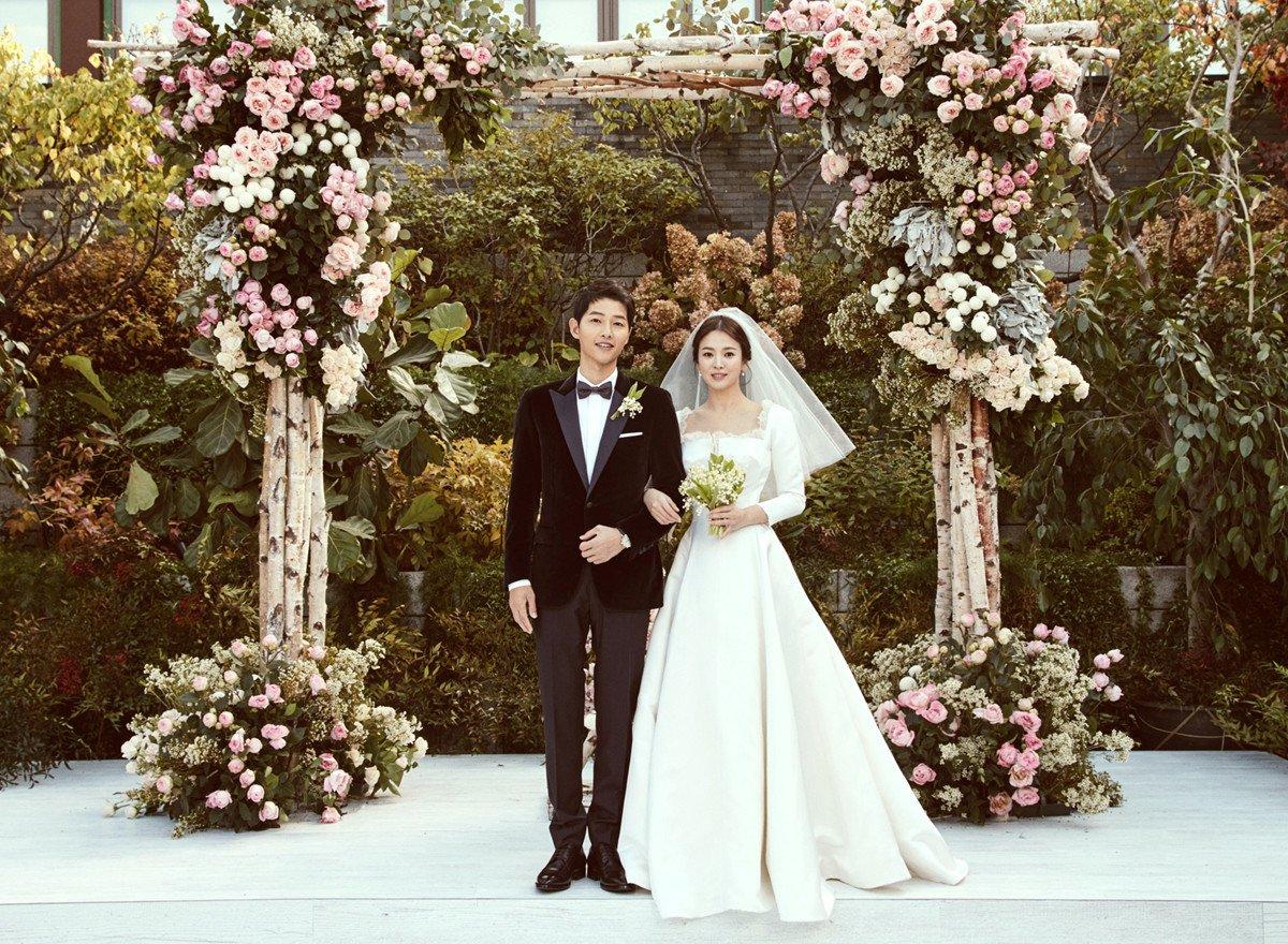 phong cách thời trang song song đám cưới