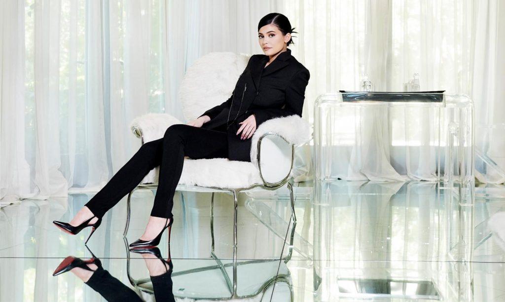 Kylie Jenner 01abjpg