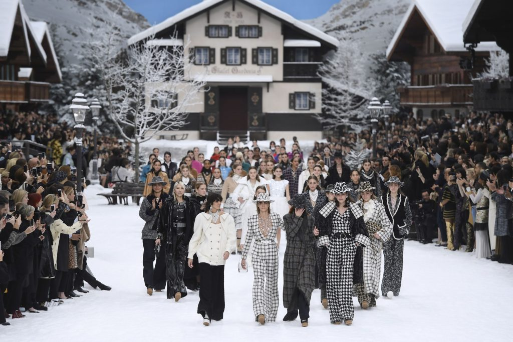 6 điểm nhấn nổi bật từ Tuần lễ Thời trang Paris Thu – Đông 2019 8