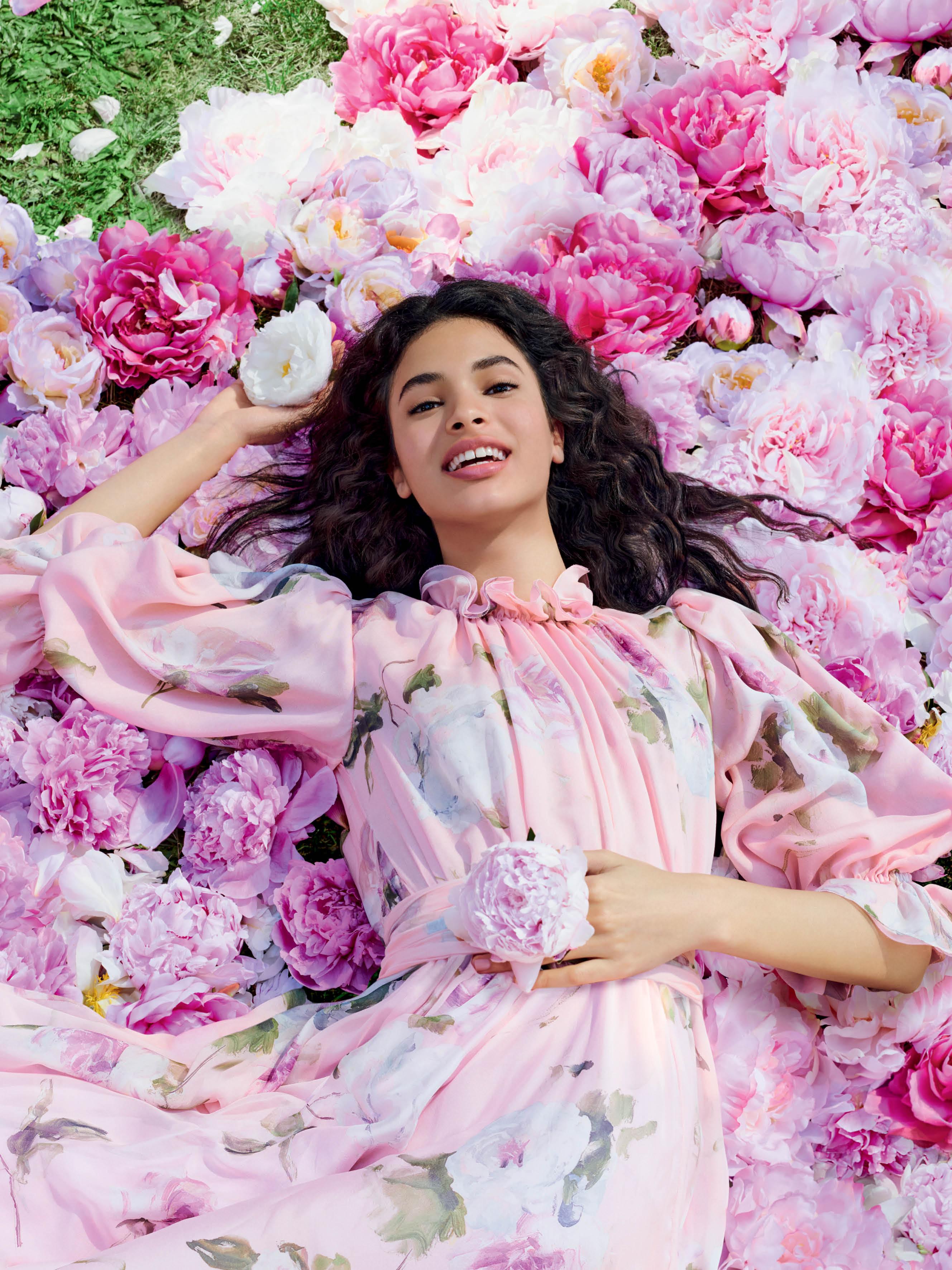 Dolce & Gabbana giới thiệu dòng nước hoa Dolce Peony 4