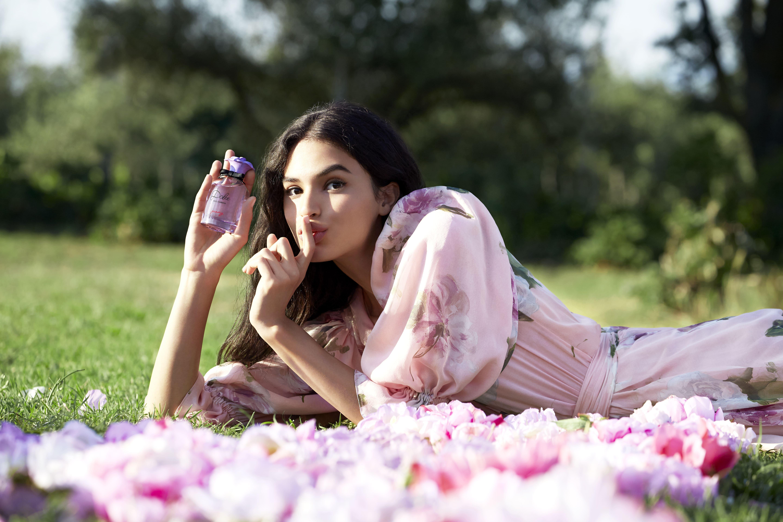 Dolce & Gabbana giới thiệu dòng nước hoa Dolce Peony