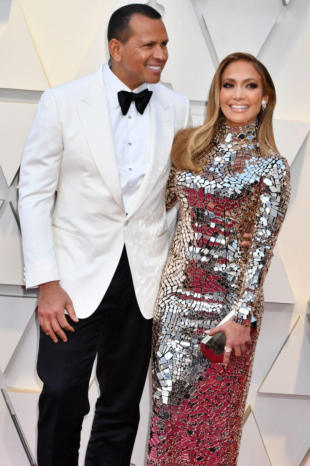 nhẫn đính hôn triệu đô của nữ ca sĩ Jennifer Lopez