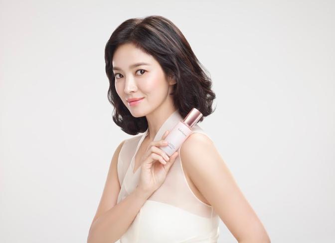 Nàng thơ Song Hye Kyo và loạt sao Việt chia sẻ bí quyết giữ gìn nhan sắc đến bất chấp thời gian với bộ dưỡng da Sulwhasoo 6