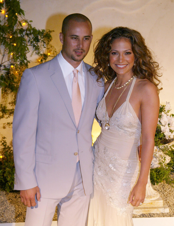 nhẫn đính hôn triệu đô của nữ ca sĩ Jennifer Lopez 29