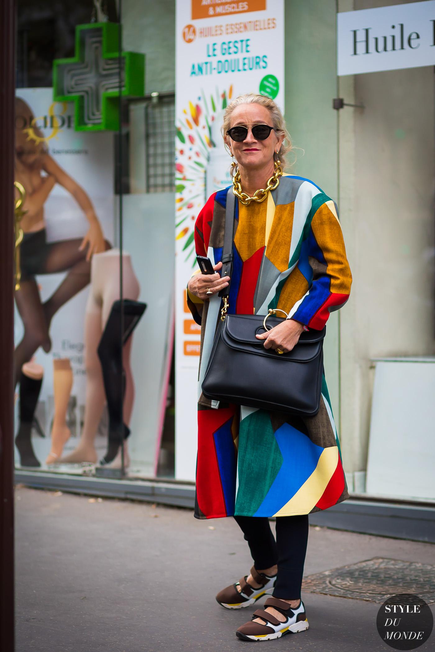 fashionista mặc đồ theo phong cách thời trang maximalism