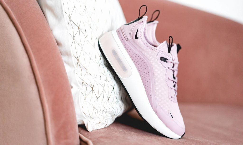 Nike trình làng Air Max Dia 8