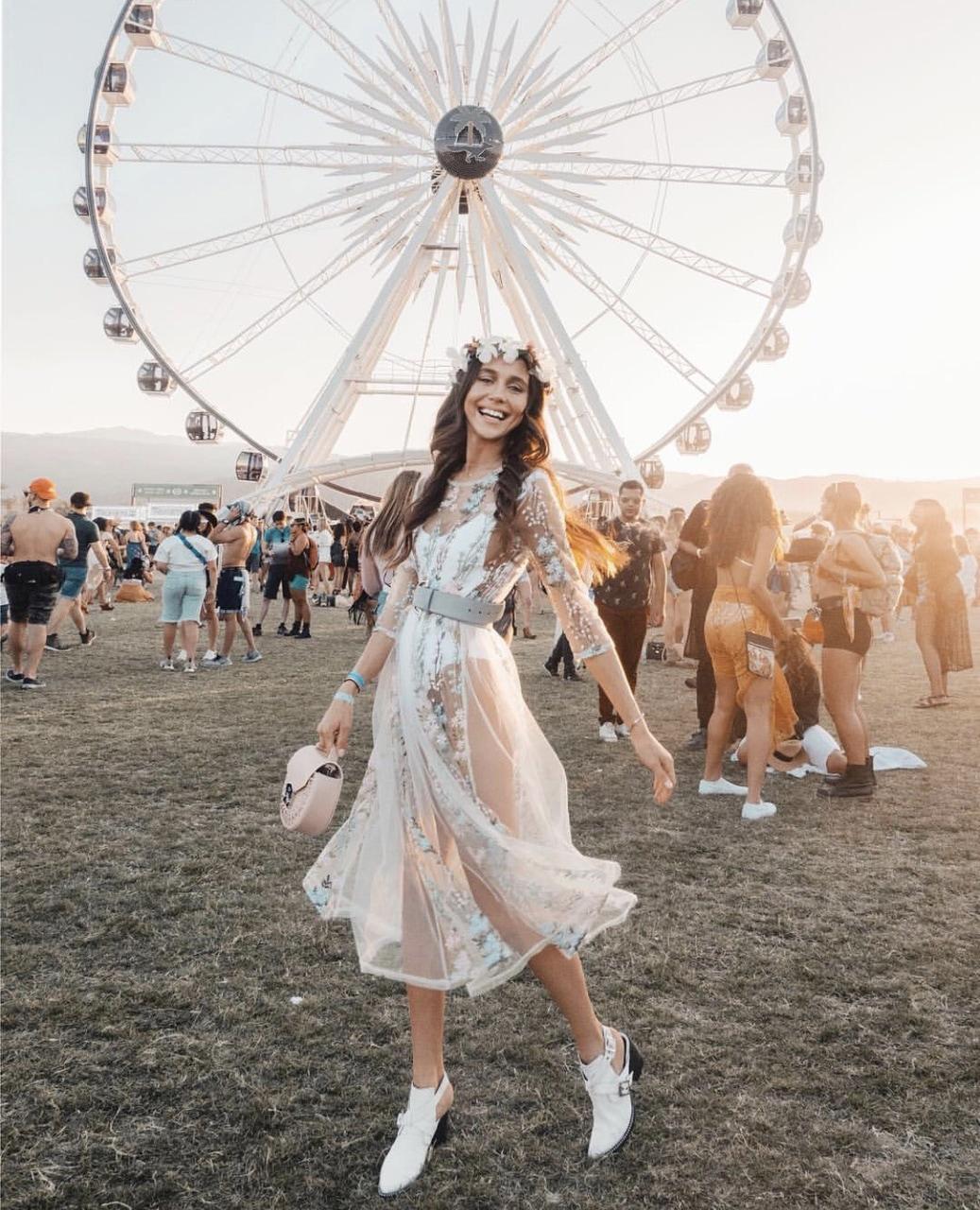 phong cách thời trang lễ hội