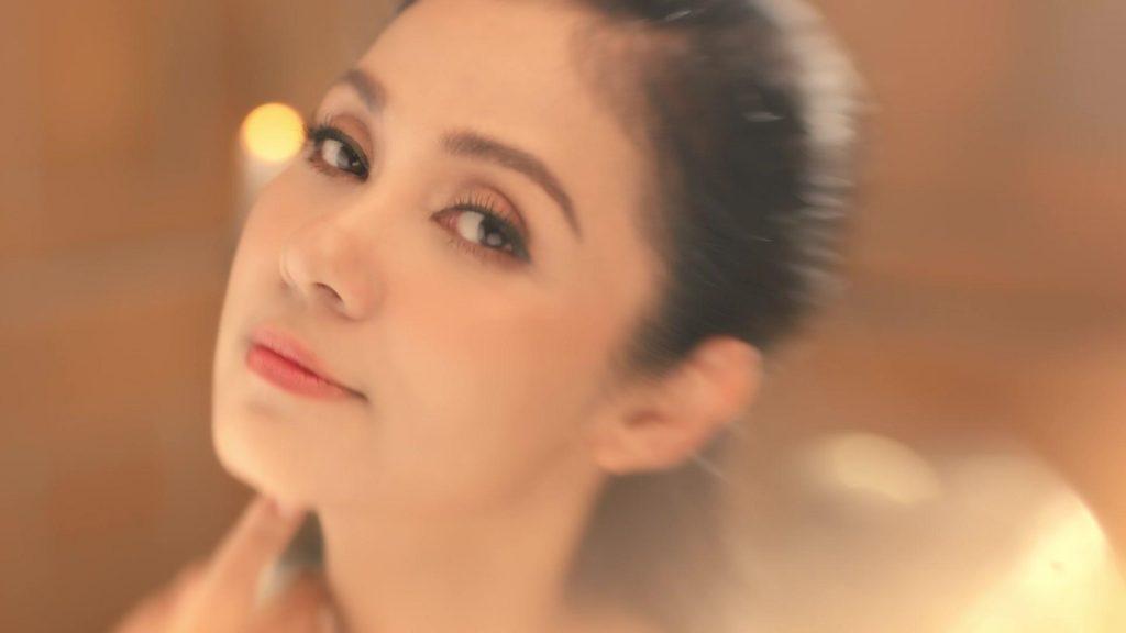 Bí mật đằng sau vẻ đẹp của Việt Trinh, Hari Won và Hương Giang 5